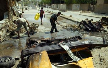 التفجيرات التي وقعت في بغداد نفذت بسيارات مفخخة (الفرنسية-أرشيف)